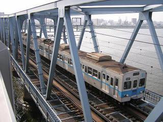 800px-Tokyometro5000alumi_1.jpg